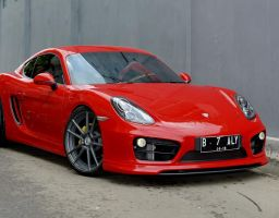 Cayman 981 Red