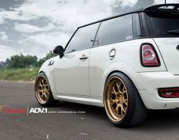 Super Big Dot's Mini Cooper S